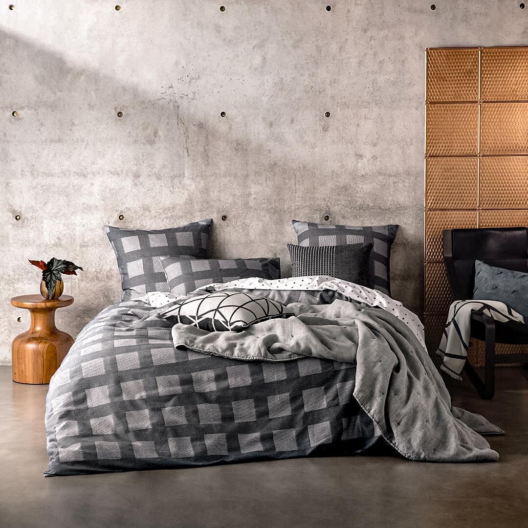 32-contemporary-bedroom-furniture-ideas-2020