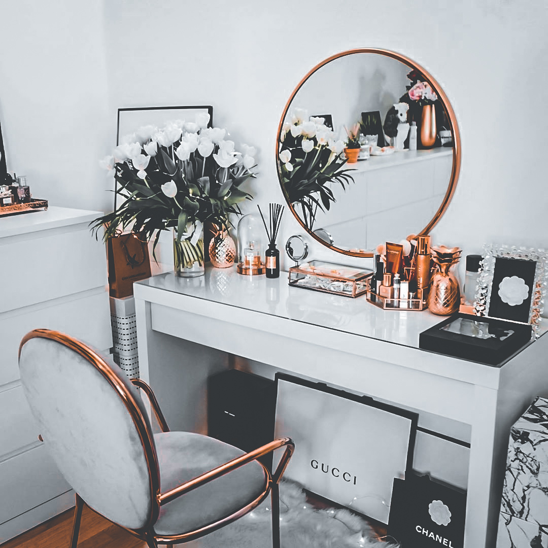 22-most-inspiring-makeup-vanity-table-ideas-for-inspiration-2020